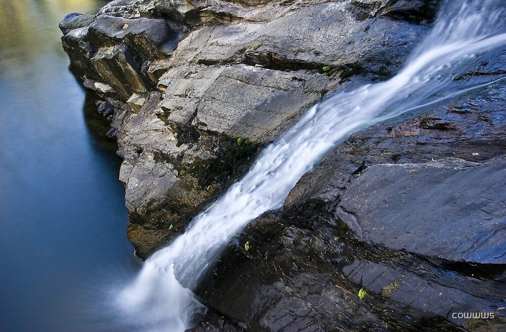 Hepburn Waterfall by cowwws