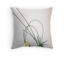 Ikebana-018 Throw Pillow