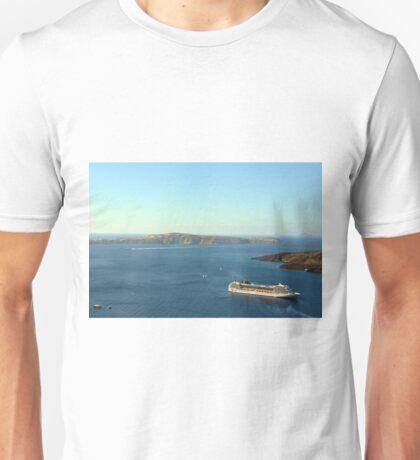 28 September 2016 Ships in the water in Santorini, Greece Unisex T-Shirt