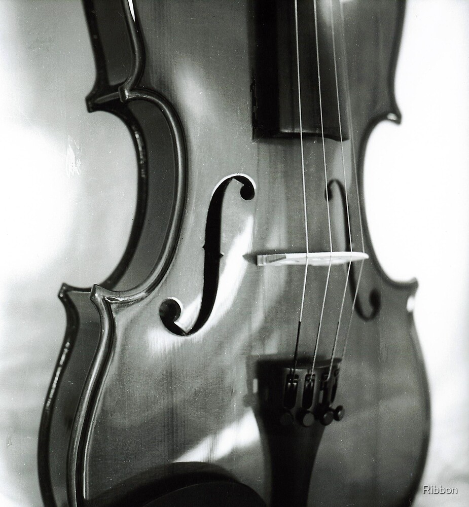 Violin Body by Ribbon