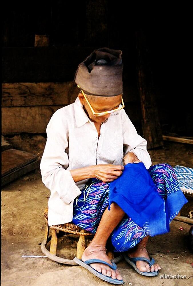 working woman by elleboitse