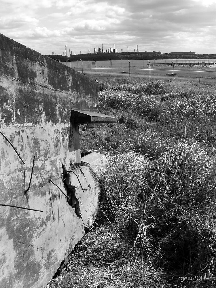 Fort Lytton Pill Box by Greg Halliday