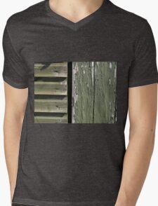 Grunge old wood background Mens V-Neck T-Shirt
