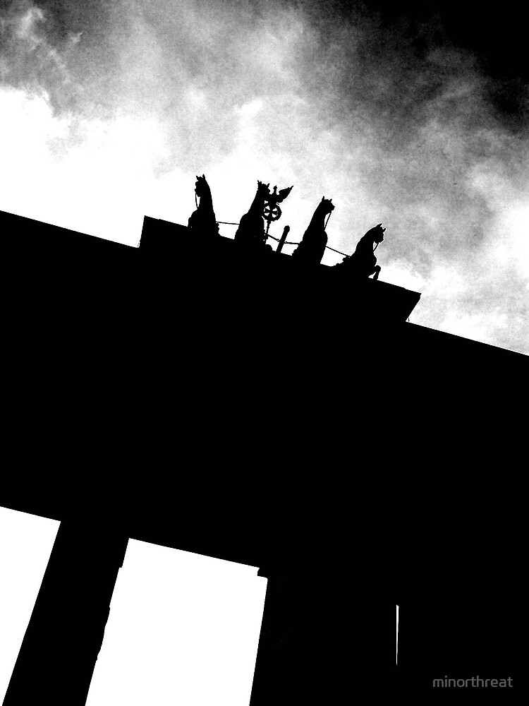 Brandenburg Gate 2 by minorthreat