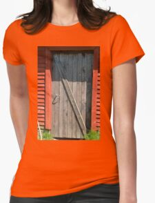 Old red farm barn door Womens Fitted T-Shirt