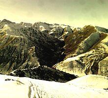Kyrgyzstan's mountains by aidai