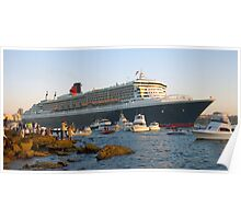 Queen Mary II - and the fans Poster