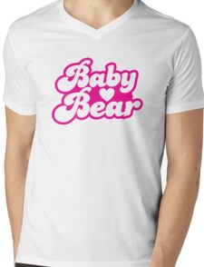 Baby bear in pink! cutie! Mens V-Neck T-Shirt