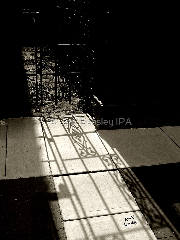 Gate Shadow by © Joe  Beasley IPA