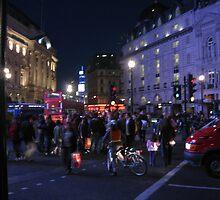 London bustle by marcusmelto