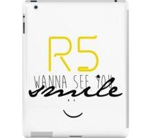 R5 wanna see you smile (black) iPad Case/Skin