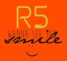 R5 wanna see you smile (black) Kids Clothes