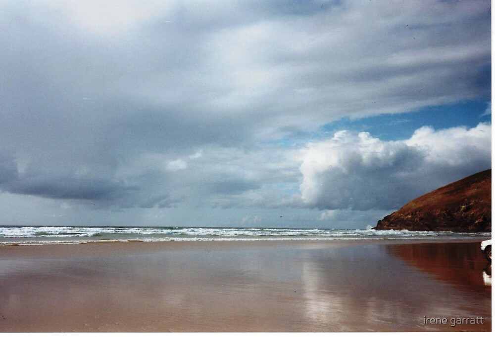 Clouds are brewing in Cornwall by irene garratt