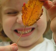 Cara's favorite Leaf by heatherrae