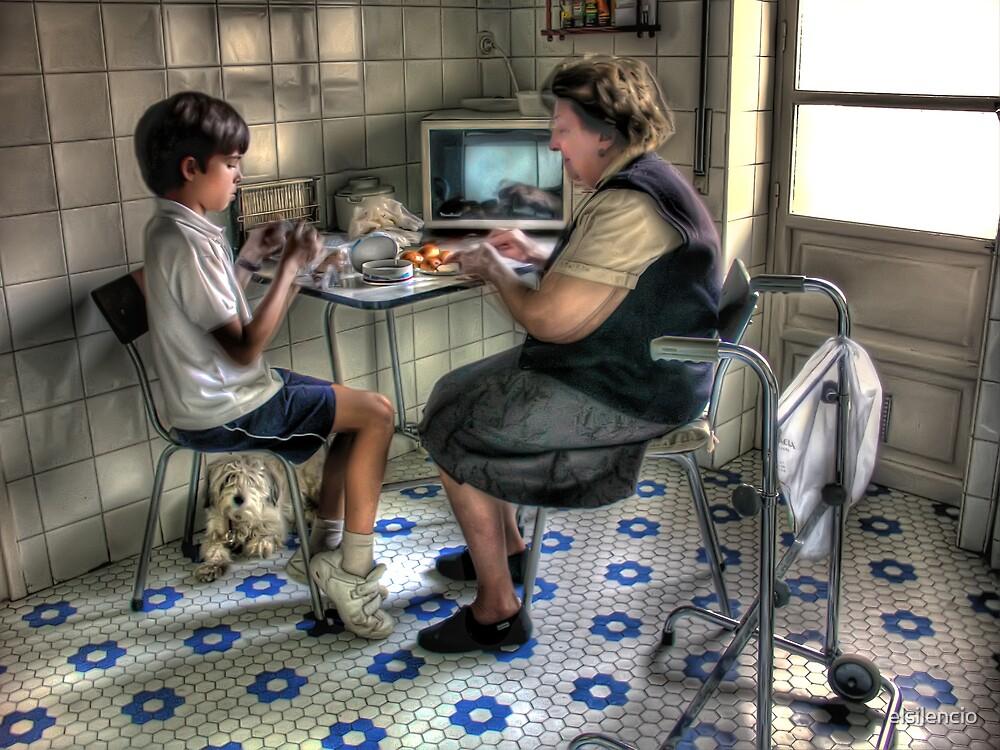 Merienda con la abuela by elsilencio