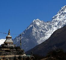 Ama Dablam (Mother's necklace) 6812 and the Tenzing Norgay chorten by MichaelBr