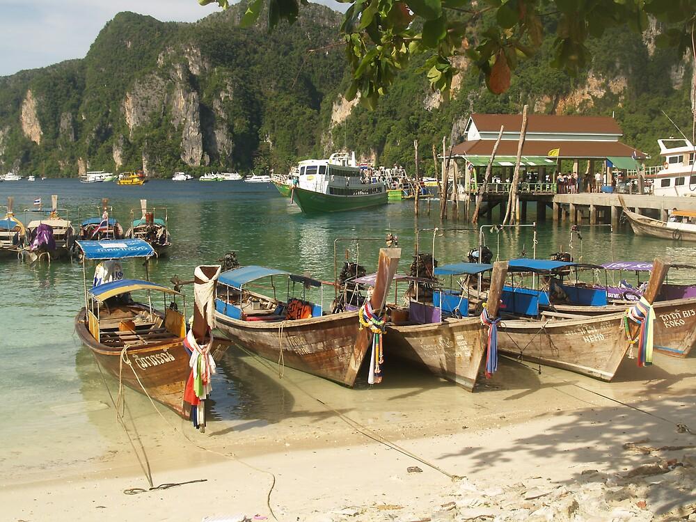 Leaving Phi Phi Island by focus