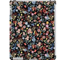 graphic floral pattern of birds iPad Case/Skin