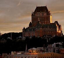 Fairmont Le Chateau Frontenac by Margaret  Shark