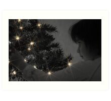 A Childs Glow at Christmas Time Art Print