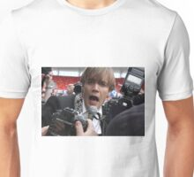 The Hives - Pelle Almqvist getting up close & personal Unisex T-Shirt
