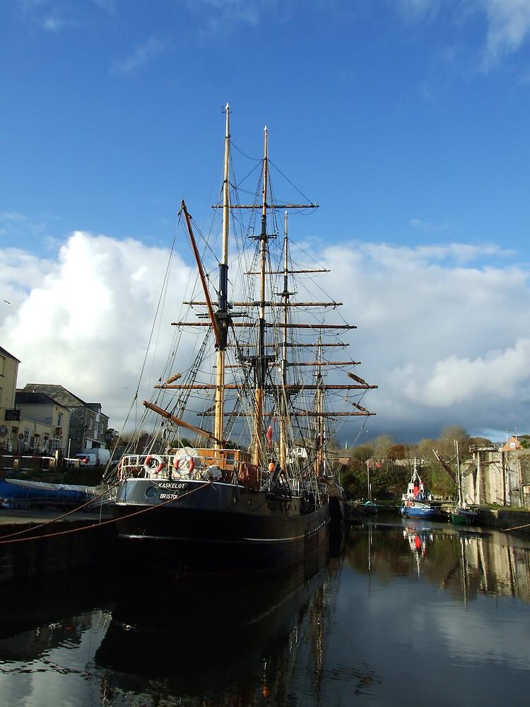ye olde ship2 by matjenkins
