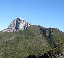 Frenchmans Cap  from Barron Pass by PeterJF