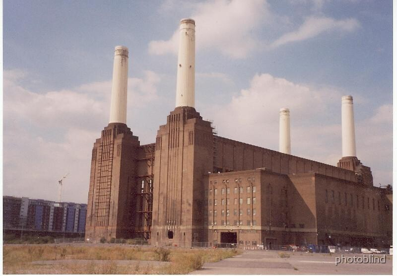 Battersea Power Station by photoblind
