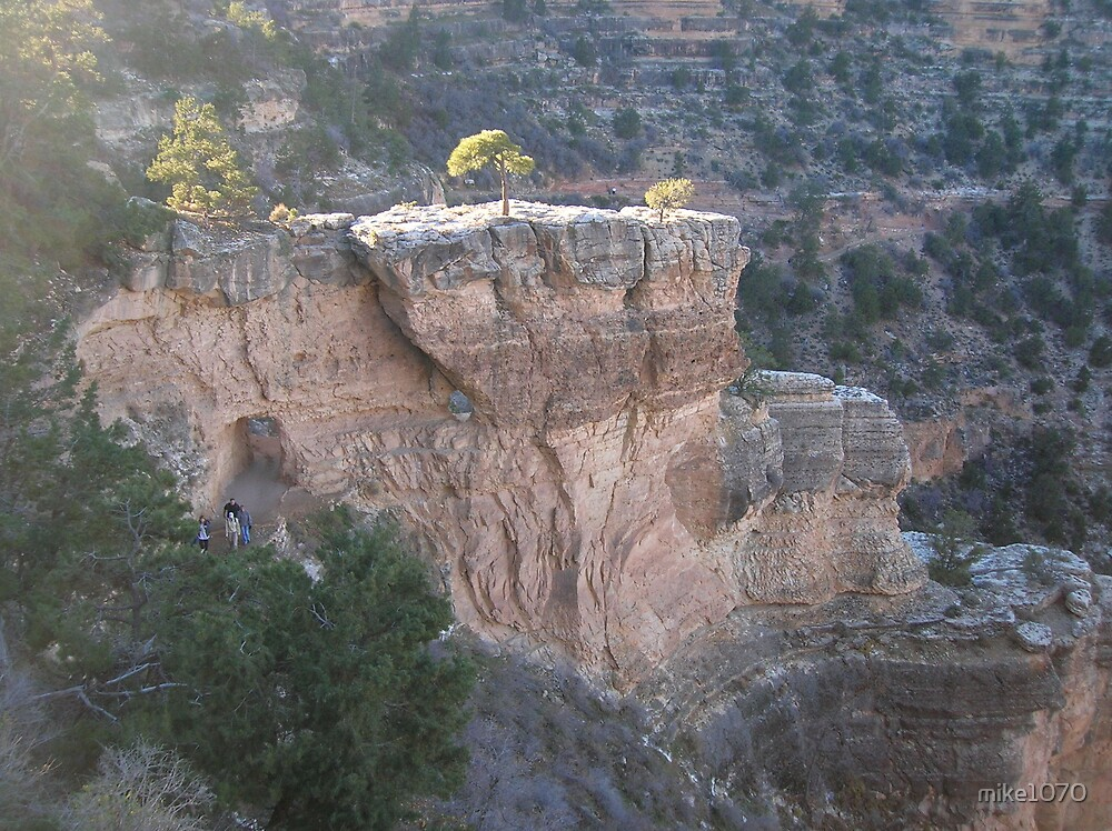 A walk down the canyon trail by mike1070