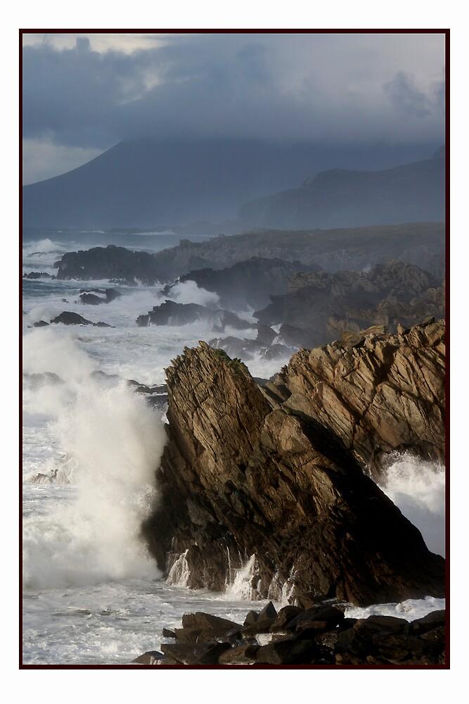 The Atlantic meets Ireland by Philip  Rogan