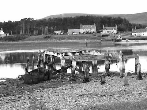broken pier loch fleet by Nazim