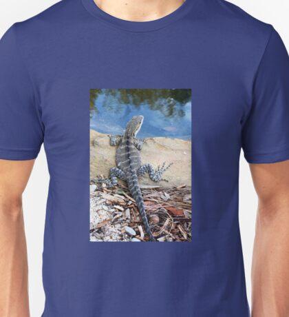 WATERDRAGON Unisex T-Shirt