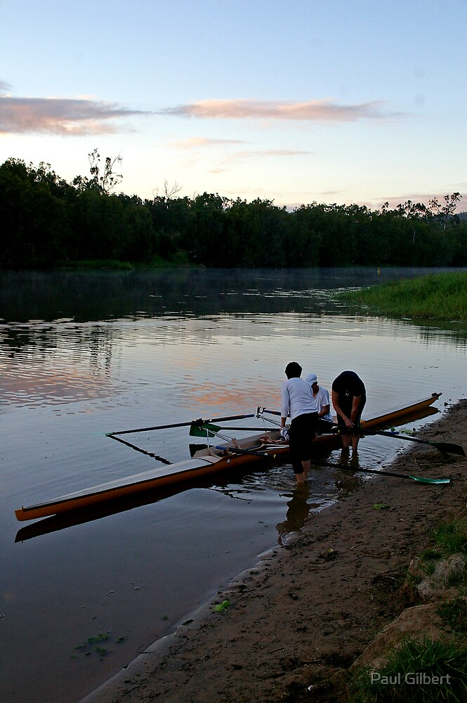 Early start - Riverway Rowing Club by Paul Gilbert