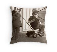 jeu d'enfants Throw Pillow