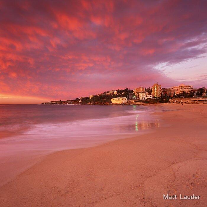 Coogee Beach, Sydney by Matt  Lauder