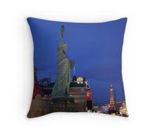 Vegas Strip: New York-NewYork Throw Pillow