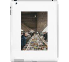 Book market Waterloo Bridge iPad Case/Skin