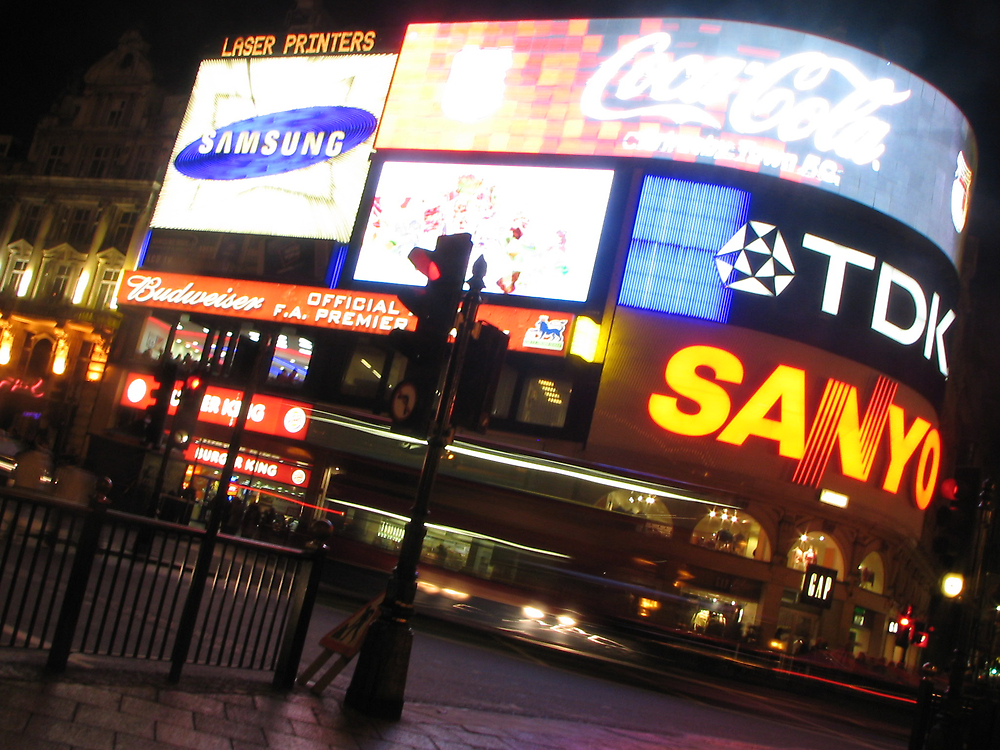 Piccadilly Circus by JacTaylor