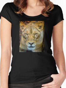 Lioness closeup Women's Fitted Scoop T-Shirt