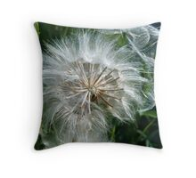 Gentle wind Throw Pillow