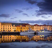 Hobart - Waterfront by Maciej Nadstazik
