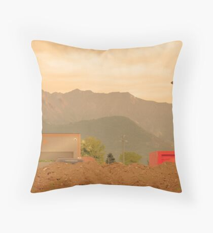 Paesaggio Industriale Throw Pillow