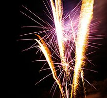 Carol's Fireworks @ Mount Barker 4 by Michael Humphrys