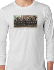 Colorized - Solvay Conference 1927. Einstein, Curie, Bohr and more. Long Sleeve T-Shirt