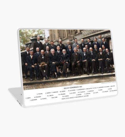 Colorized - Solvay Conference 1927. Einstein, Curie, Bohr and more. Laptop Skin