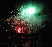Miyajima Fireworks Festival by Harlequitmix