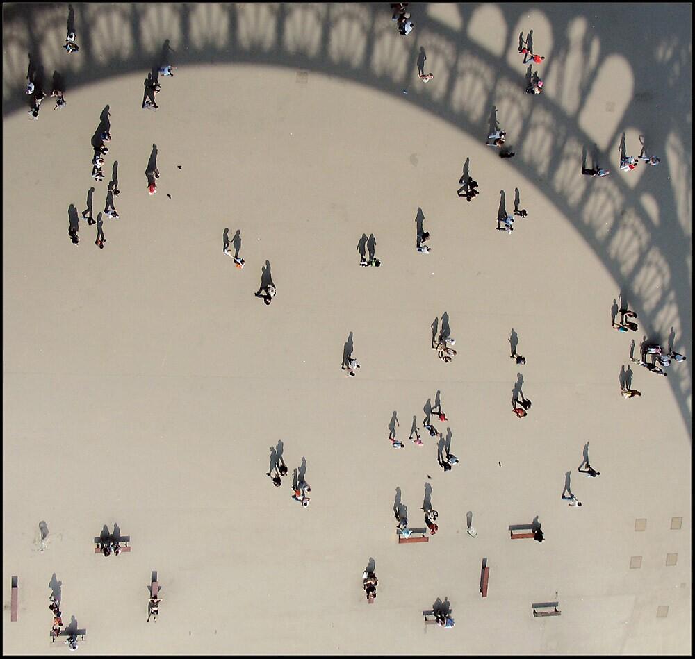 Living shadows by Daaram
