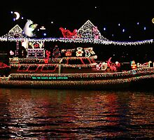 Boat Parade by dale427