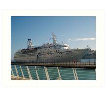 The cruise liner Art Print