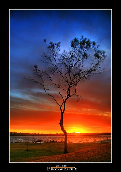 Sinking Sun by Kirk  Hille